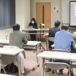 県政を学ぶ会を開く。3月26日、夜。