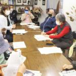 華陽(岐阜市)で県・市政報告会を開きました。16日、午後。